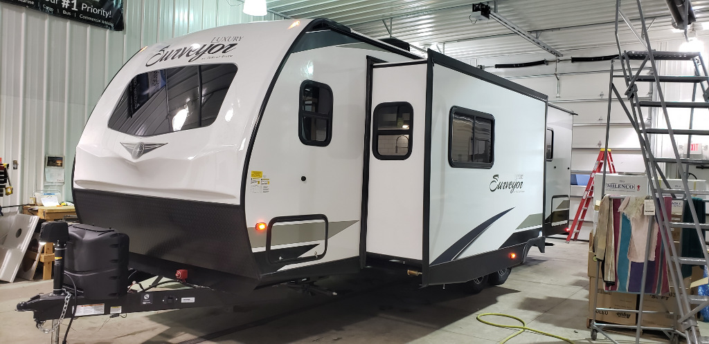 New 2021 Forest River RV Surveyor Luxury 272FLS Photo
