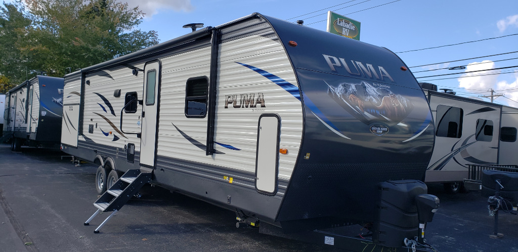 New 2019 Palomino Puma 32RBFQ Photo