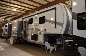 New 2019 Highland Ridge RV Open Range OF427BHS Photo