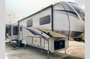 New 2021 Alliance RV Paradigm 390MP Photo