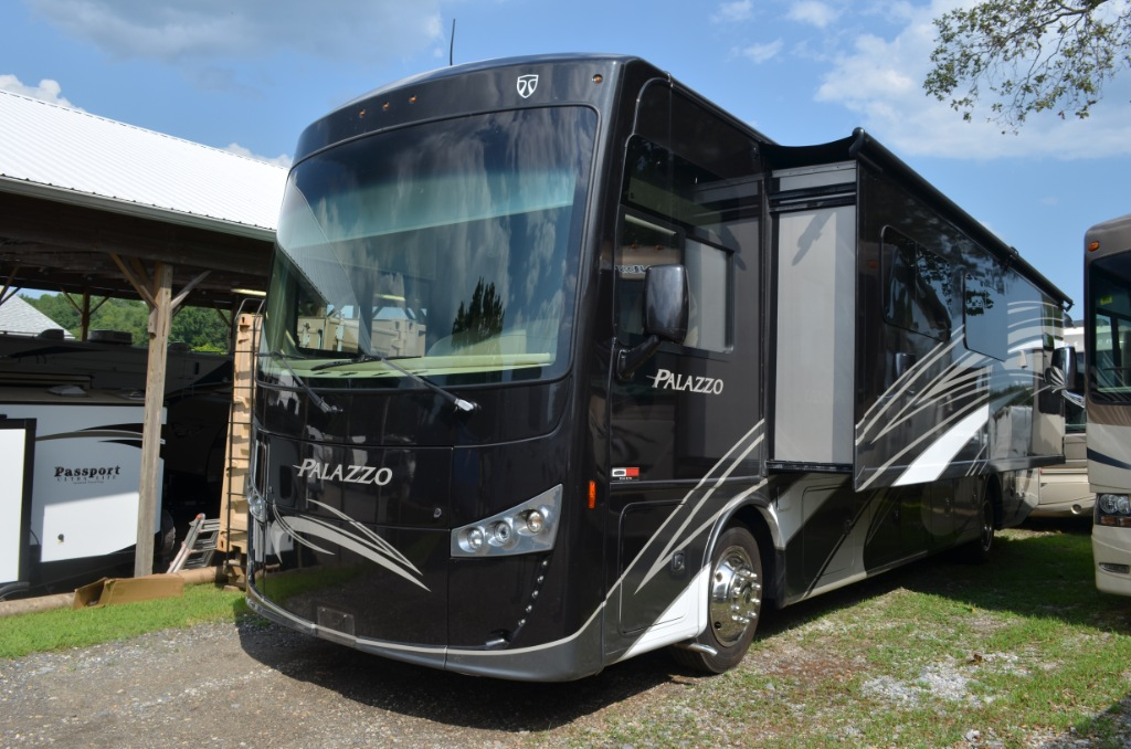 Used Class A Motorhomes For Sale In MD | Leo's Vacation Center