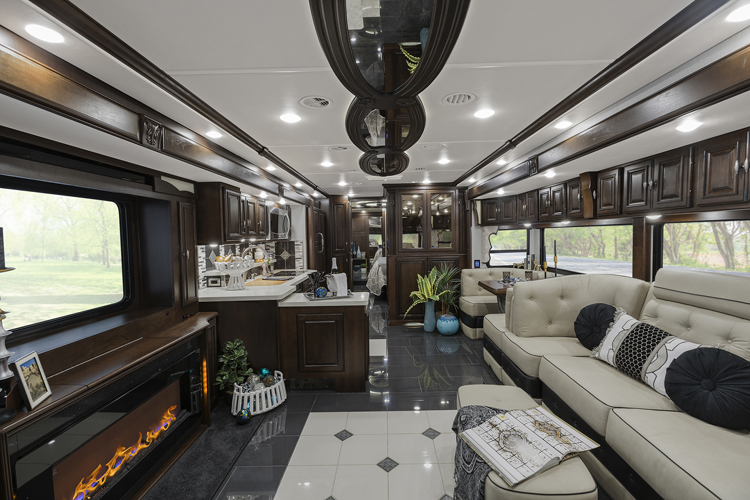 Winnebago Grand Tour Floorplans And Specifications