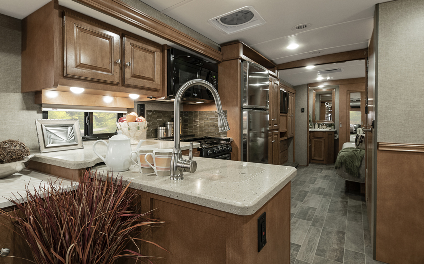 Winnebago Adventurer Interior