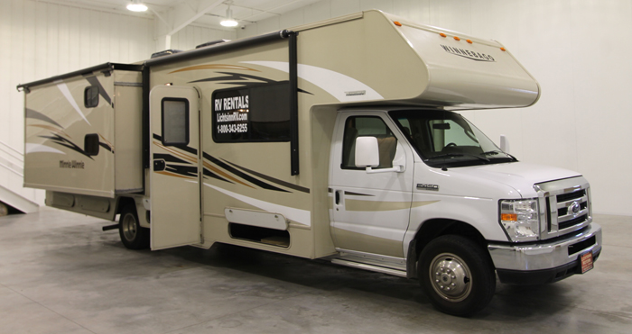 Iowa RV Rentals - Lichtsinn RV - Winnebago RV Rentals or