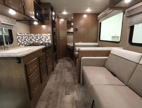 RV Rental Winnebago Outlook 25J