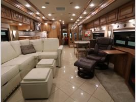 Galley - 2014 Winnebago Journey 40U