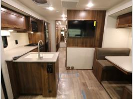 Galley - Winnebago Intent 28Y