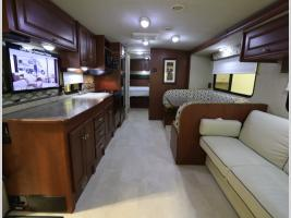 Galley - 2015 Winnebago Vista 31KE