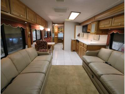 Galley - 1998 Fleetwood American Tradition 40TVS