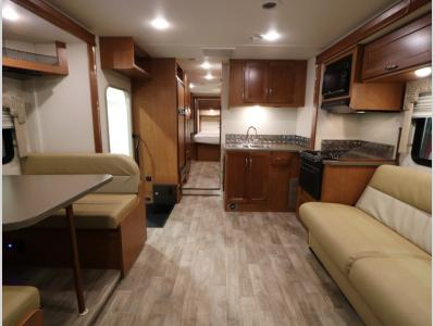 Galley - 2018 Winnebago Minnie Winnie 31D
