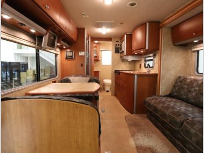 Front to Back - 2007 Winnebago View 23H