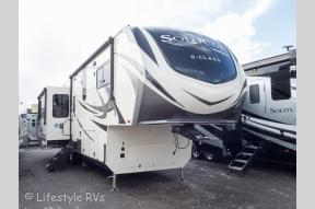 New 2019 Grand Design Solitude S-Class 3350RL-R Photo