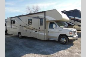 Used 2016 Winnebago Minnie Winnie 31K Photo