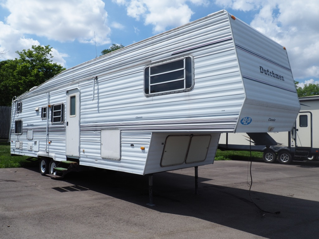 Fifth Wheels For Sale in Indiana | Modern Trailer