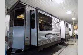 New 2018 Forest River RV Wildwood Lodge 385FLBH Photo