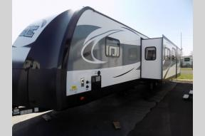 New 2018 Forest River RV Vibe 313BHS Photo