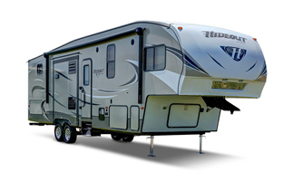 picture of the outside of a 2018 keystone hideout fifth wheel