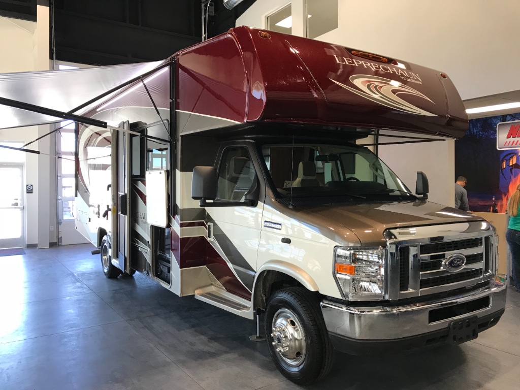 new 2018 coachmen rv leprechaun 260ds ford 450 motor home class c at nielson rv st george ut. Black Bedroom Furniture Sets. Home Design Ideas