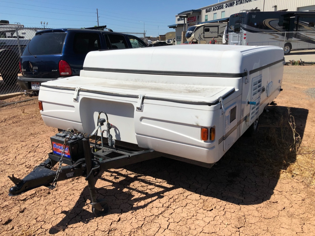 Used 2001 Fleetwood RV Coleman Cheyenne Folding Pop-Up Camper at