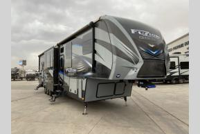 Used 2015 Keystone RV Fuzion 422 Chrome Photo
