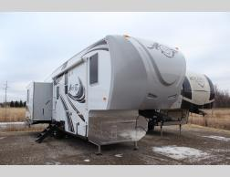New 2019 Northwood Arctic Silver Fox Edition 32-5M Photo