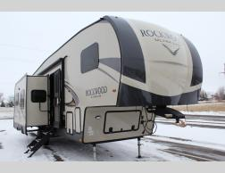 New 2019 Forest River RV Rockwood Ultra Lite 2892RB Photo