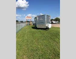 Used 2015 Ice Castle Fish Houses 21 Ft. RV Edition Photo