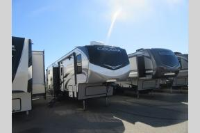 New 2020 Keystone RV Cougar 364BHL Photo