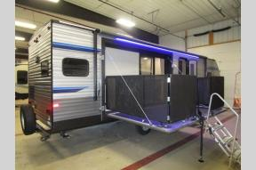 New 2020 Coachmen RV Catalina Legacy 303RKP Photo