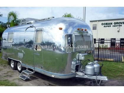 Used 1977 Airstream RV Land Yacht 24 RB Photo