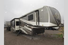 New 2019 DRV Luxury Suites Mobile Suites 41 RKSB4 Photo