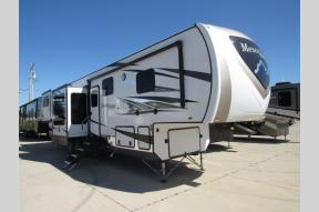 New 2019 Highland Ridge RV Mesa Ridge MF375RDS Photo