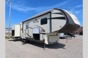 Used 2017 Forest River RV Blue Ridge 3125RT Photo