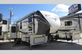 New 2018 Heartland Bighorn 3270RS Photo