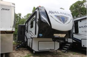 New 2018 Keystone RV Avalanche 301RE Photo