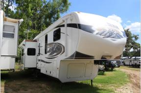 Used 2011 Keystone RV Montana 3585 SA Photo