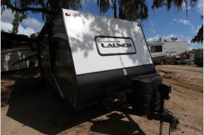 Used 2017 Starcraft Launch Ultra Lite 21FBS Photo