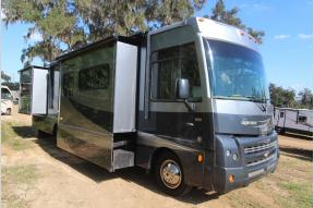 Used 2011 Winnebago Sightseer 33C Photo