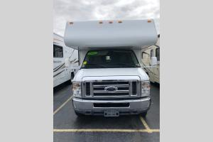 Used 2011 Coachmen RV Freelander 32BH Photo