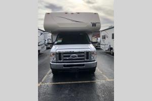New 2020 Winnebago Minnie Winnie 25B Photo