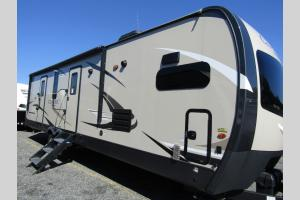 Used 2020 Forest River RV Flagstaff Classic Super Lite 831CLBSS Photo