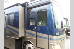 Used 2007 Fleetwood RV Discovery 39S Photo