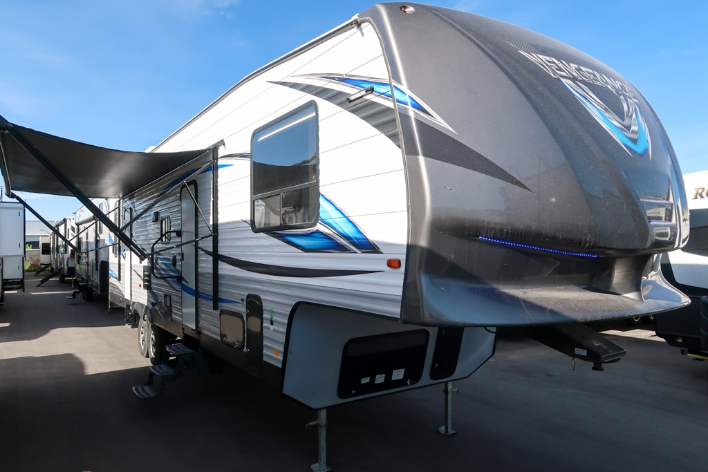 Used Toy Hauler Fifth Wheels - Loft