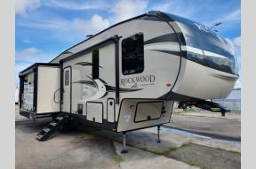 New 2021 Forest River RV Rockwood Signature Ultra Lite 8291RK Photo