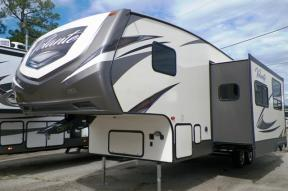 New 2018 CrossRoads RV Volante 270BH Photo