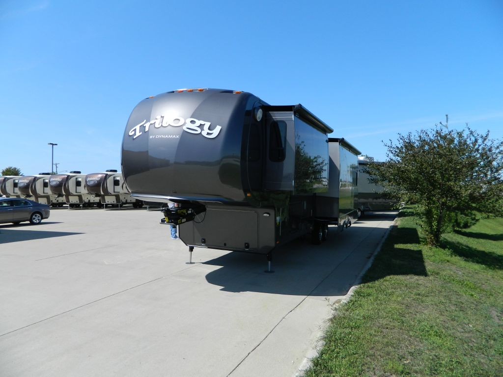 New 2013 Dynamax Trilogy 3650re Fifth Wheel At Plaza Rv