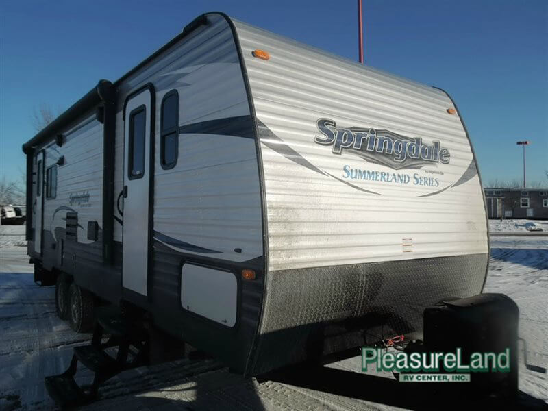 27' travel trailer