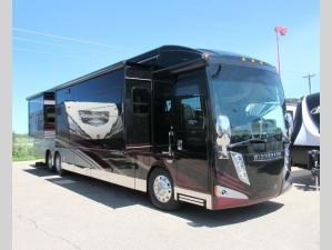 Used 2015 Winnebago Grand Tour 42QL Photo