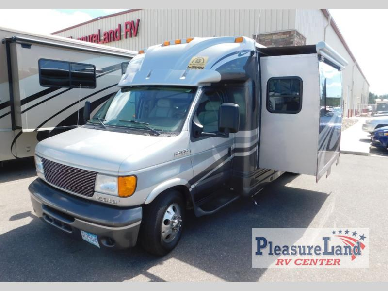 Used 2006 Dynamax Isata 26 Motor Home Class C at