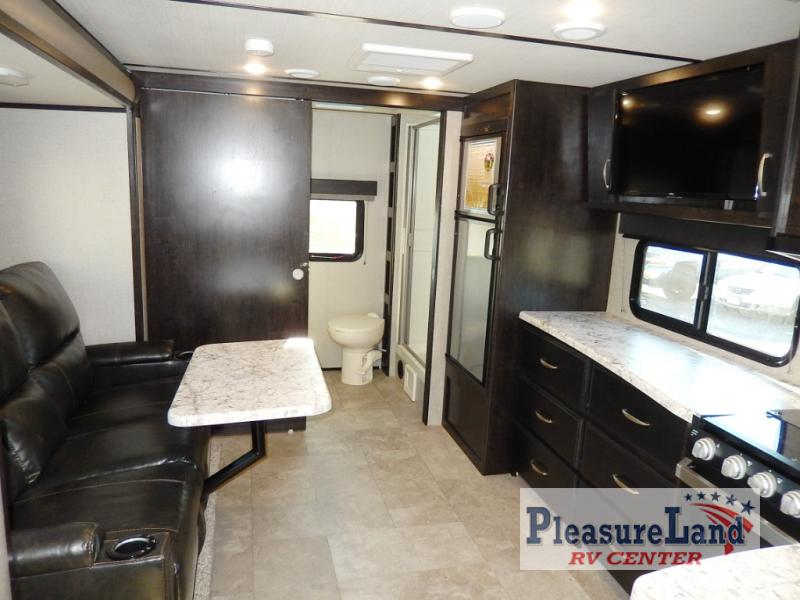 New 2019 Grand Design Imagine Xls 22rbe Travel Trailer At